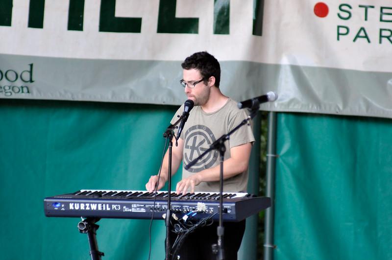 2011_sherwood_musicongreen_KDP7416_072711.jpg