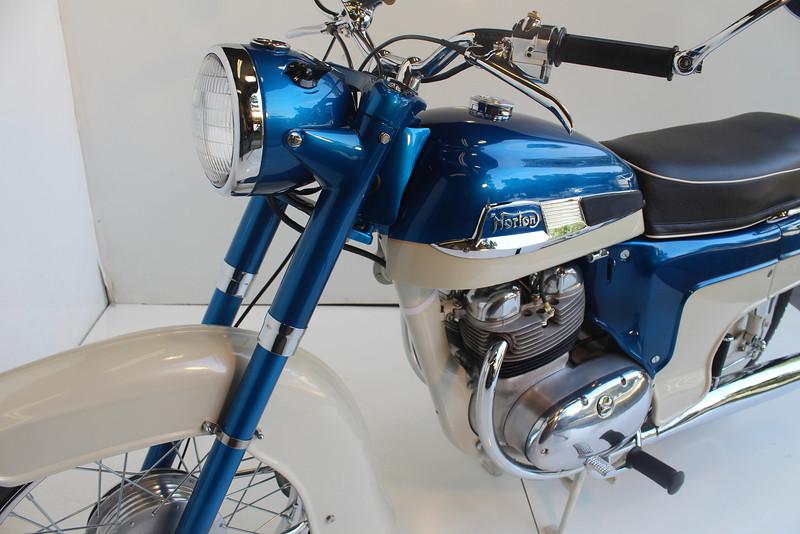 1962 Norton 8-13 051.JPG