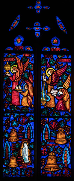 Etrepagny, Saint  Gervais and Saint Protais Church, Angels Praying