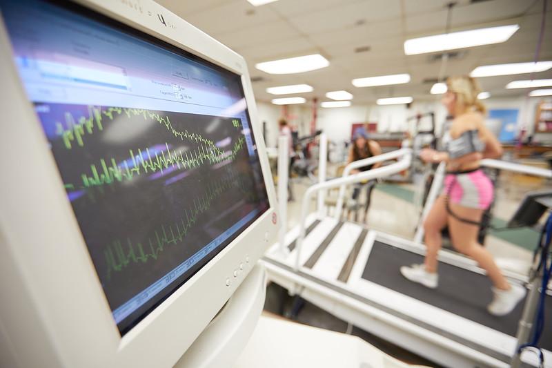 2018 UWL Exercise Sport Science ECG EKG Stress Test Lab 0044.jpg