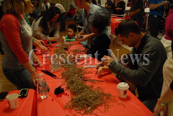 11-19-16 NEWS Festival of Trees