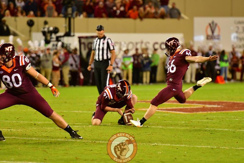 #46, Joey Slye plants as he connects on a 43 yard Field Goal in the 2nd Quarter (Dan Lohmann/TheKeyPlay.com)