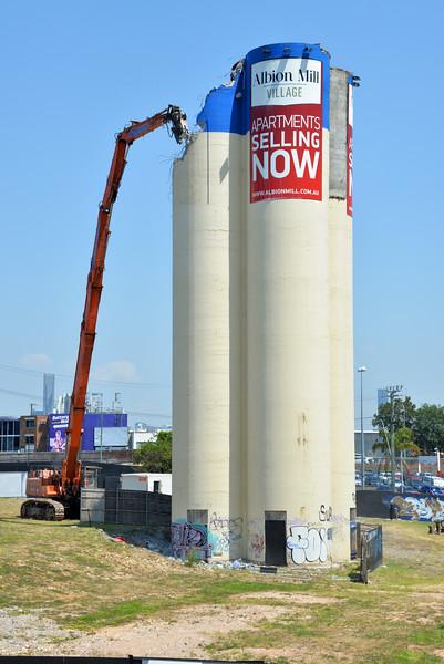 Albion Mill Demolition_15.jpg