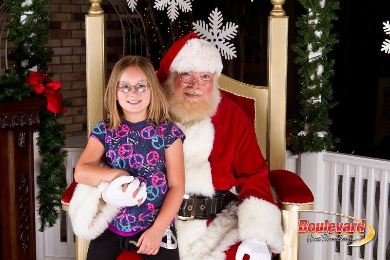 Santa Dec 8-43.jpg