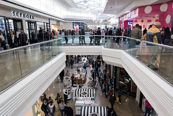 11/23/18 Wesley Bunnell | Staff A look towards the center court area on Black Friday at the Westfarms Mall.