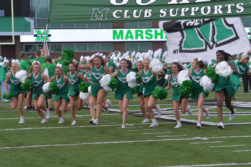 cheerleaders1768.jpg