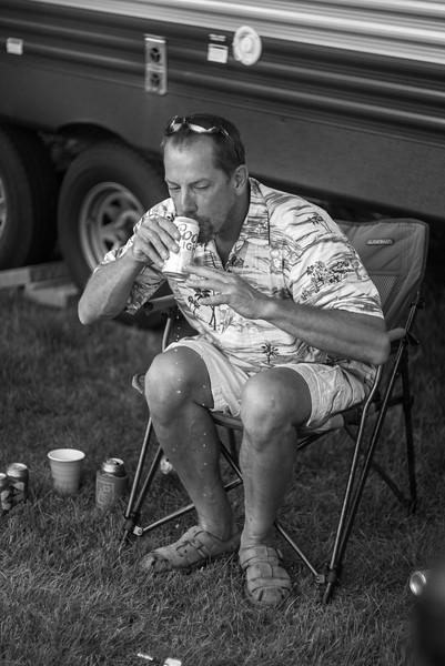 2017-07-15-Markstock-Beer-Darts-B-n-W