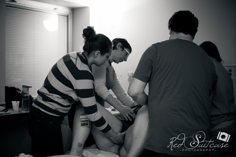 Alana, Blair and baby Logan BIRTH-37.jpg