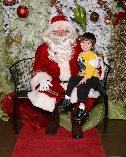 20161224_MoPoSo_Tacoma_Photobooth_LifeCenter_Santa-90.jpg