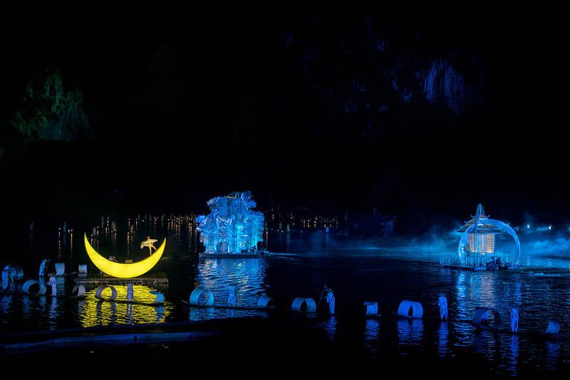 Yangshuo - Liusianjie light show-5170.jpg