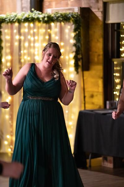 rustic_ohio__fall_barn_wedding-459.jpg