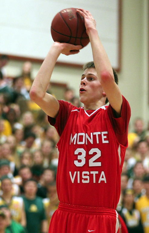 . Monte Vista\'s Spencer Rust (32) shoots a jumper in the second half of their varsity boys basketball game against San Ramon Valley in Danville, Calif., on Friday, Feb. 15, 2013. (Anda Chu/Staff)