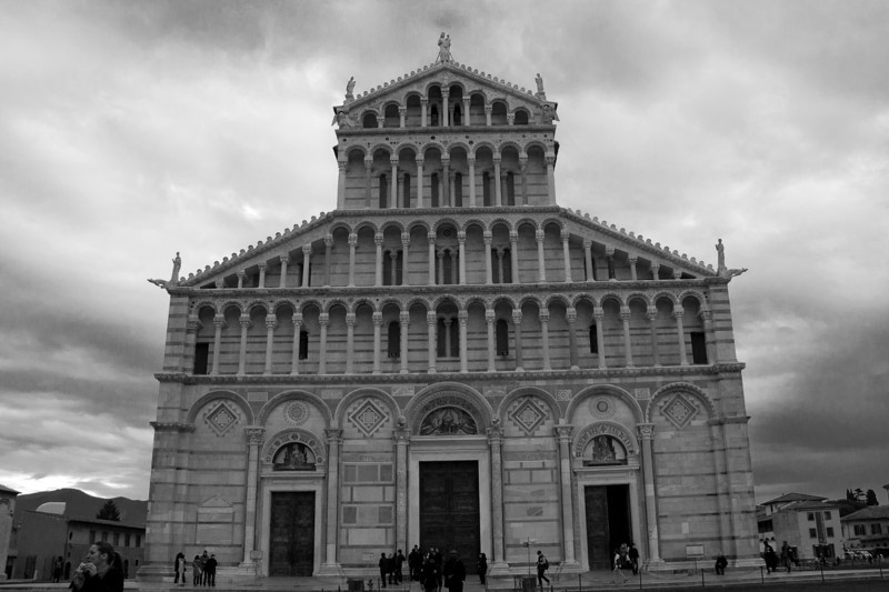 pisa church.jpg