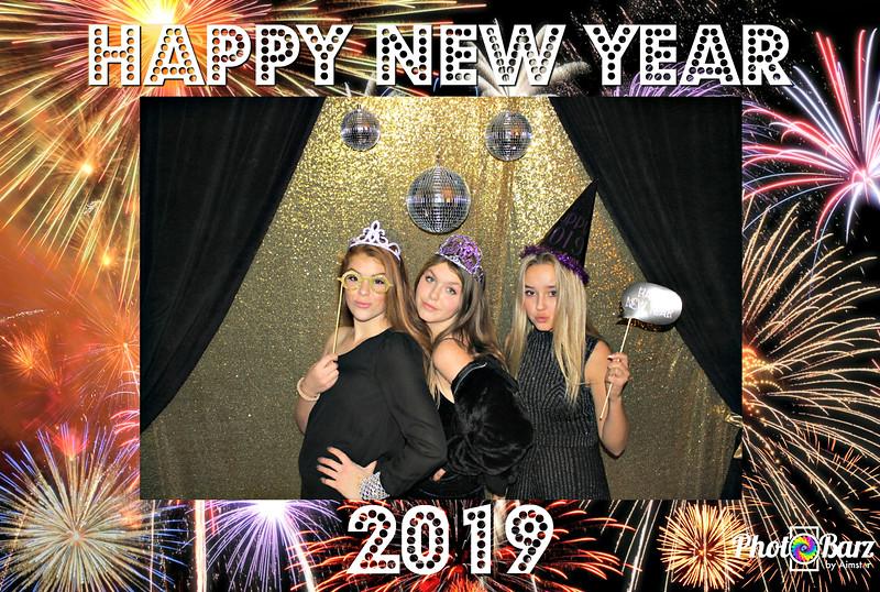 New Years 2019 Photobooth Pics (19).jpg