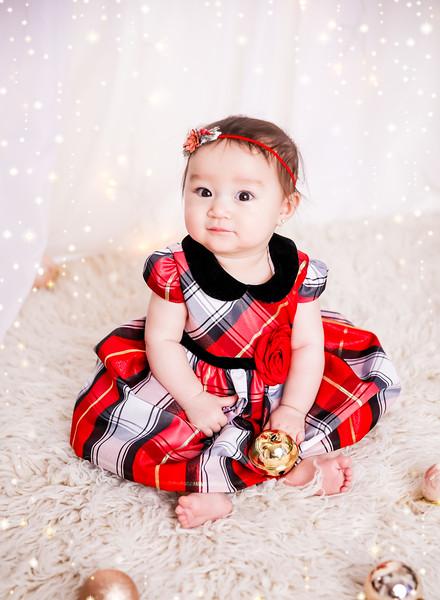 newport_babies_photography_6_months_photoshoot-0055-1.jpg