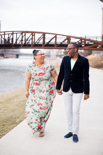017 engagement photographer couple love sioux falls sd photography.jpg