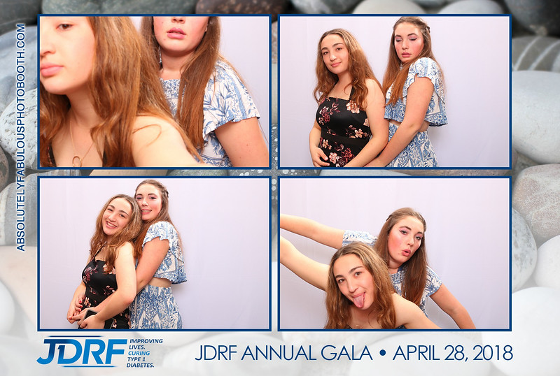 Absolutely Fabulous Photo Booth - 180428_222636.jpg