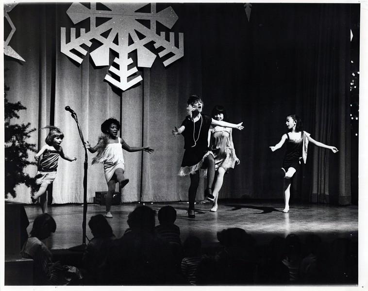 Dance_0877_a.jpg