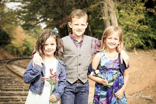 Logan Family Photos - 10-25-2015