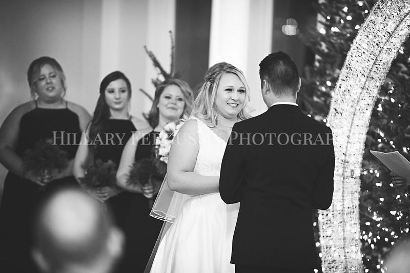 Hillary_Ferguson_Photography_Melinda+Derek_Ceremony100.jpg