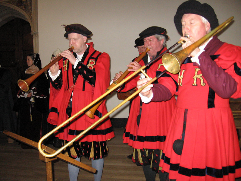 King Henry's musicians play for the crowd.