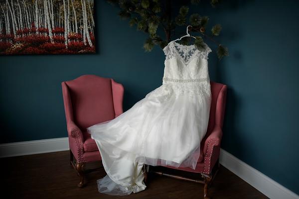 Jill + Colton | Fond du Lac Wisconsin Wedding Photography