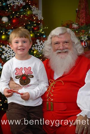 Brandy Williams-Santa Portraits