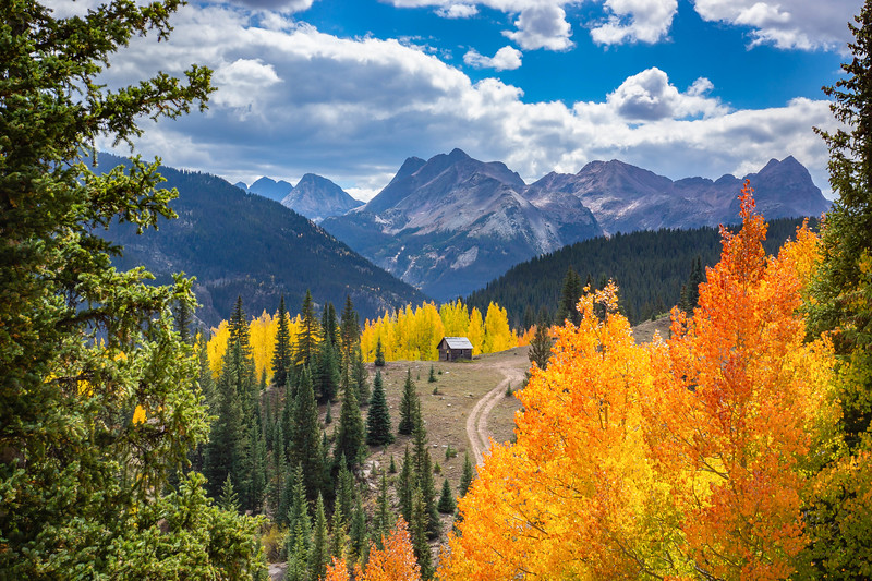 Fall_Molas_Cabin_Hank_Blum_Photography.jpg