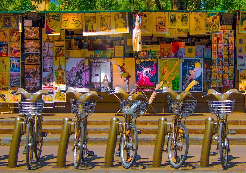 'Tour de Paris,' Paris 2017, des vélos & posters. #paris #colorphotography #fineartphotography #desvélos #liveacolorfullife #streetphotography #bouquinistes #velib #somuchtosee #myversion