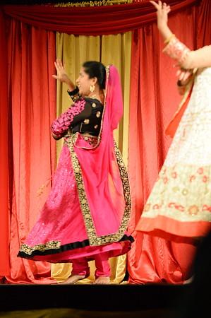 Dance 14 - Bahara Bahara Hamari Atriya