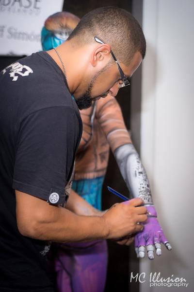 2015 03 04_Base Orlando Body Paint Predator Juan Pantoja Ivy_0191a1.jpg