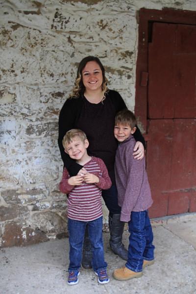 Jesse, Lauren, Brantley & Austin's Family Pictures