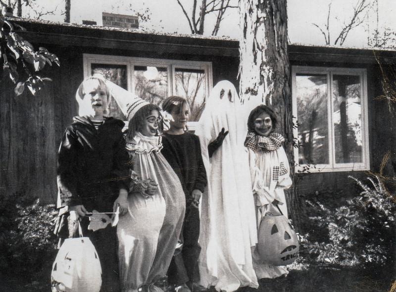 1970s andy joe ilse michelle tina halloween urbandale de pere wi
