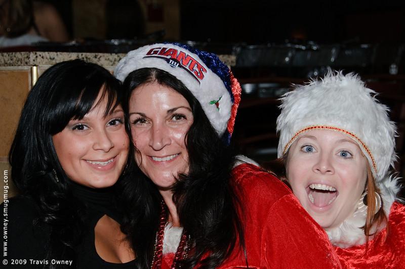 2009 ALS Santa Crawl-157.jpg