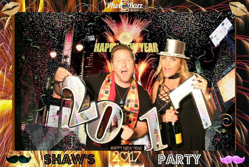 Shaws NYDay Party (93).jpg