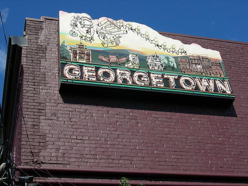 800px-Seattle_Georgetown_01.jpg