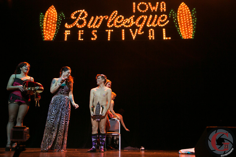 burlesque day2 edits (221 of 123).jpg