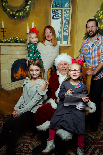 Pictures with Santa Earthbound 12.2.2017-045.jpg