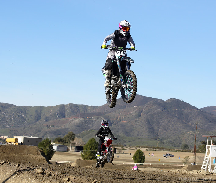Fox raceway women ride day