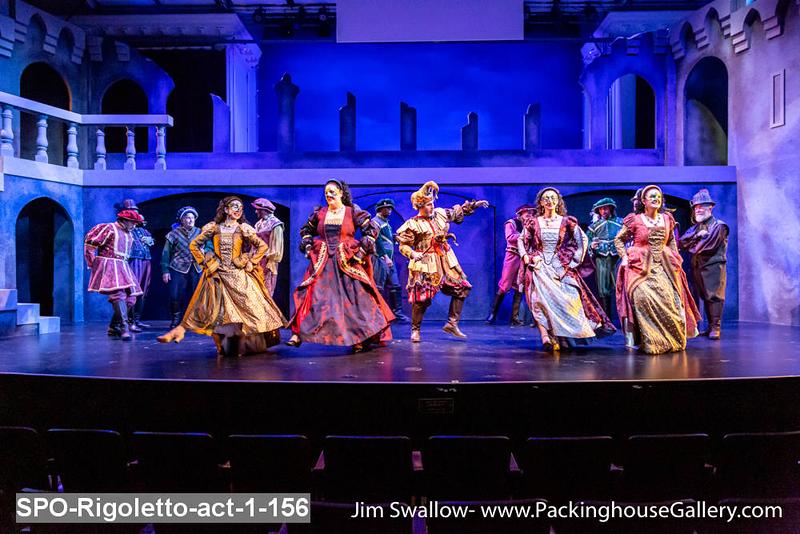 SPO-Rigoletto-act-1-156.jpg