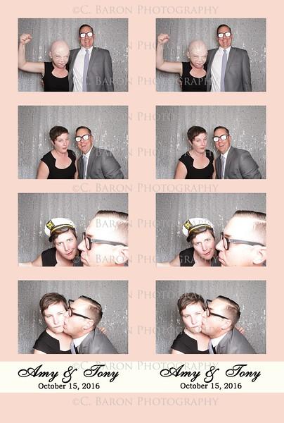 Amy + Tony = Swanky Photobooth
