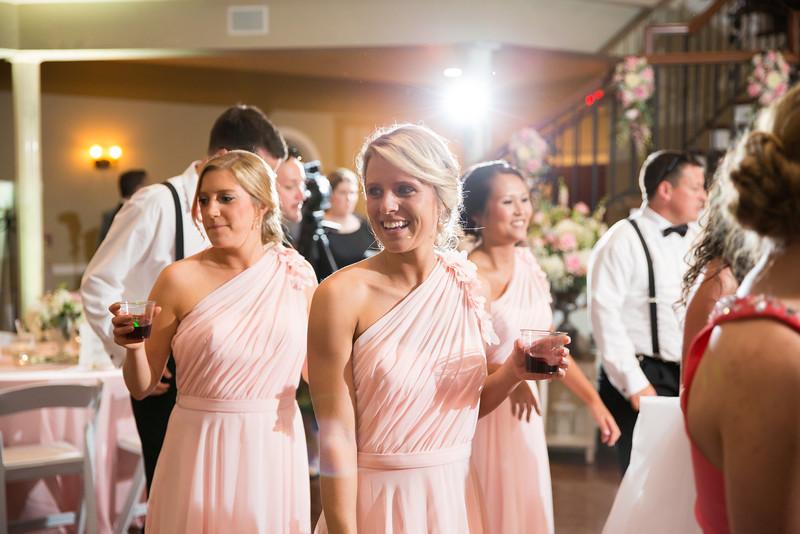 1041_Josh+Lindsey_Wedding.jpg