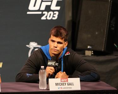 090816 UFC 203 media day