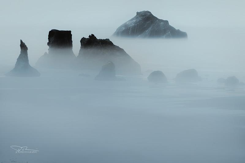 JM8_1161 Bandon Beach Fog LPMN r1.jpg