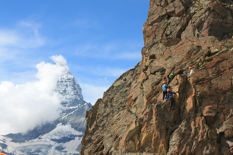 Christoph leading his group of Swiss Semester students up the Riffelhorn