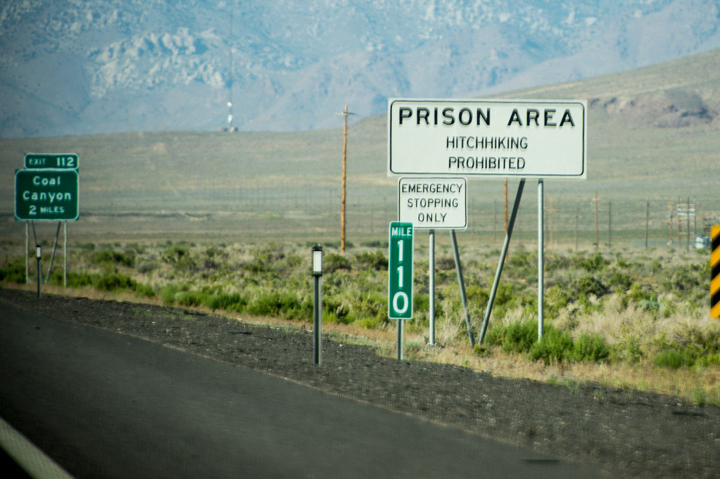. A warning sign near Lovelock, Nevada near the prison which now houses OJ Simpson.   The small town has been put on the map since Simpson was locked up at the Nevada Prison near town.    (Photo by David Crane/Los Angeles Daily News.)