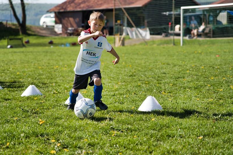 hsv-fussballschule---wochendendcamp-hannm-am-22-und-23042019-u21_32787655107_o.jpg