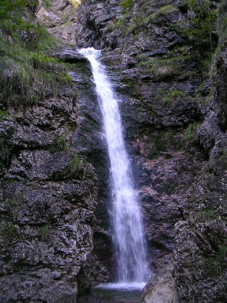 02 Waterfall.JPG