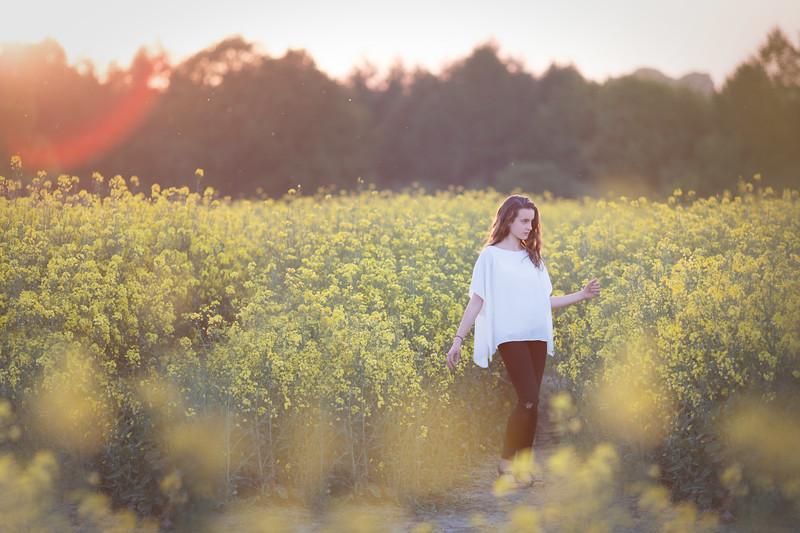 2018 - Ella in the oilseed 016