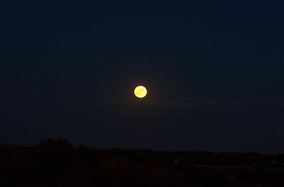 Moonrise, October 15, 2016